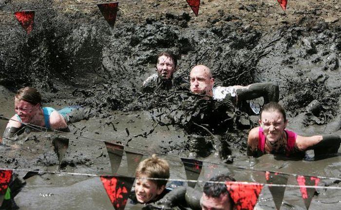 Mud Run 2009 (22 pics)