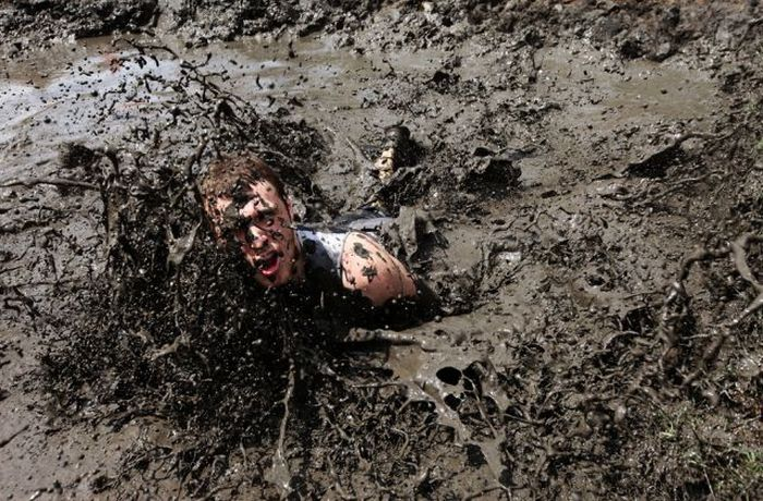 Mud Run 2009 (22 pics)