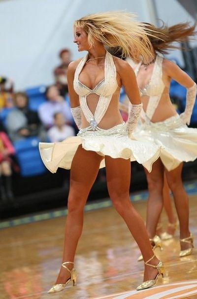 Russian Cheerleaders (83 pics)