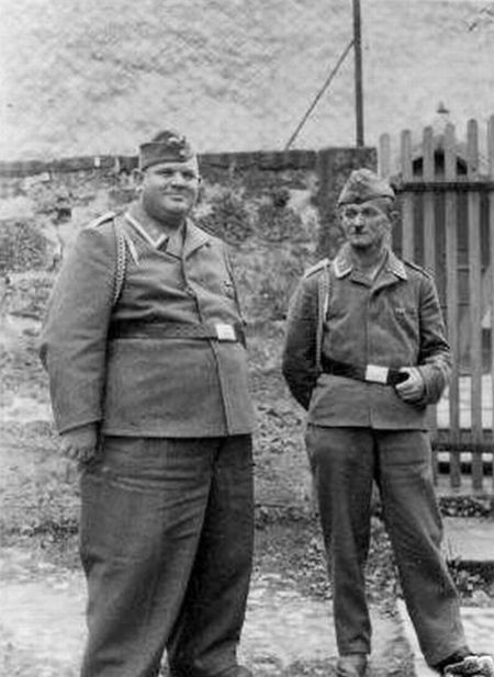 german soldiers fave fun during the wwII 14 German Soldiers Have Fun During the WWII image gallery