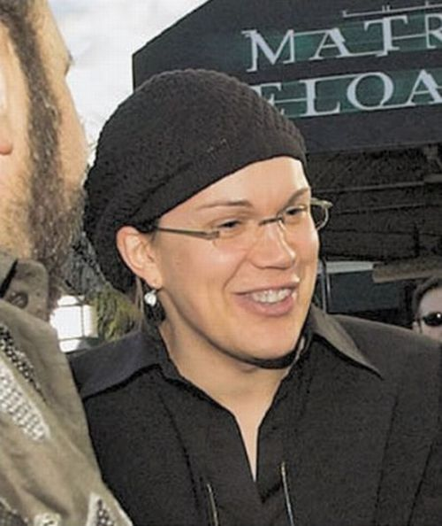 The Transformation of Larry Wachowski (13 pics)