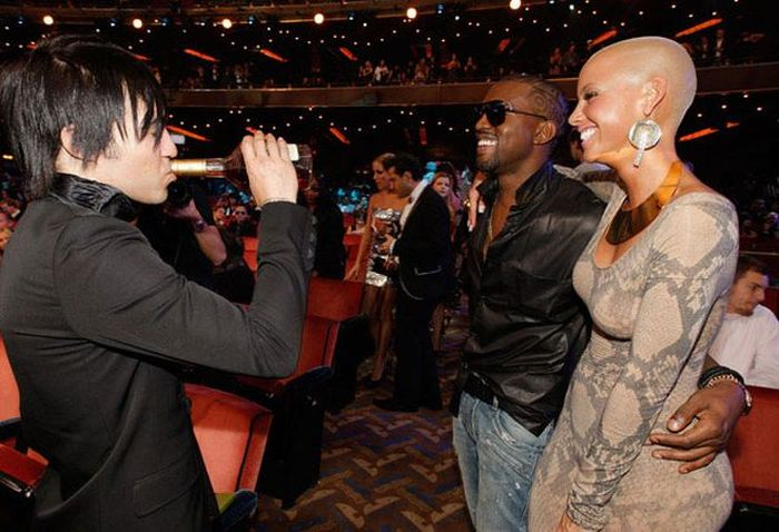 The Funniest Celebrity Photos of 2009 (40 pics)