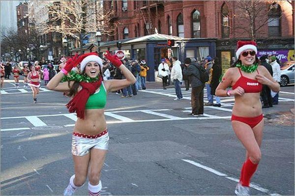 Santa Speedo Run 2009 (19 pics)