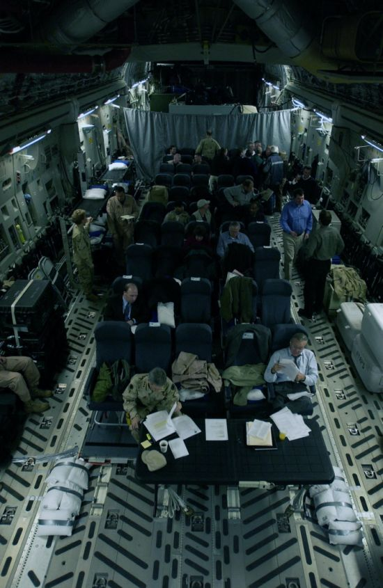 Flying with Comfort in C-17 Swank Flying Residence (23 pics)