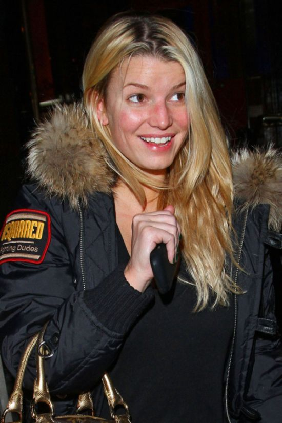 Jessica Simpson sans make-up (8 pics)