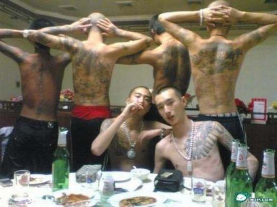 Top 10 Biggest Mafias Around the world (11 pics)