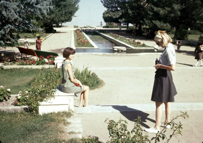Kabul 40 Years Ago and Now (2 pics)