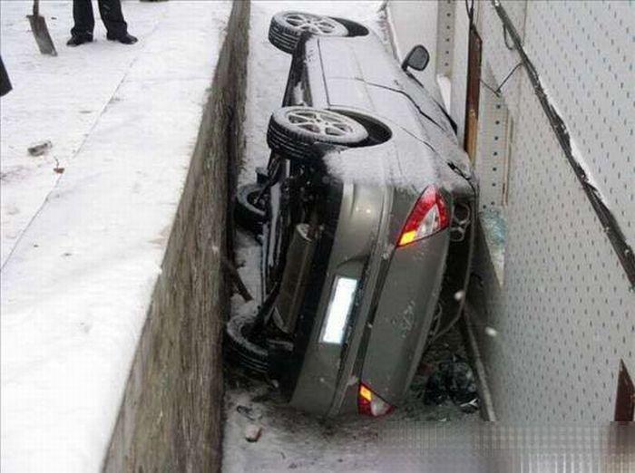 Unsuccessful parking (5 pics)