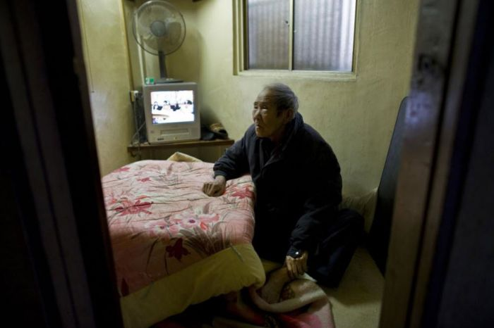 Old age in Japan (24 pics)