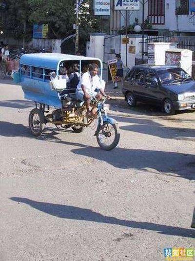 """School """"bus"""" in India (30 pics)"""