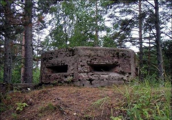 The Second World War bunker (22 pics)