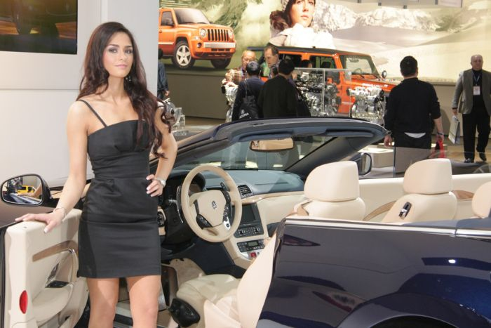 Girls of Detroit Auto Show (25 pics)