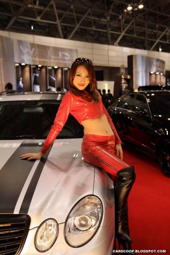 Girls of Tokyo Auto Salon 2009 (58 pics)