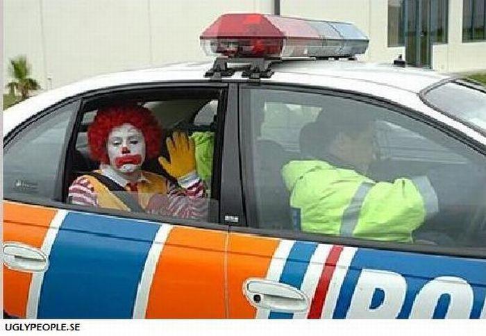 Funny Cops (70 pics)