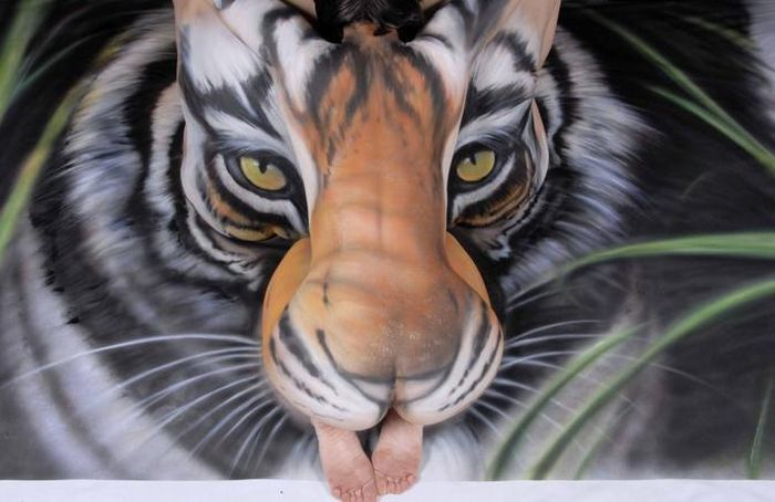 The Best Bodyart Ever (6 pics)