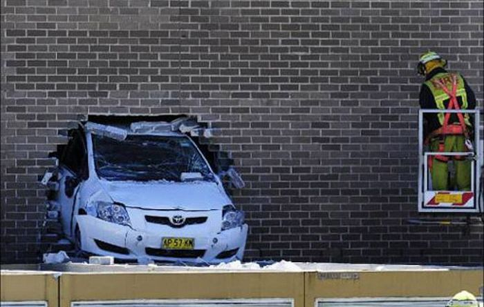 Parking Fail (6 pics)