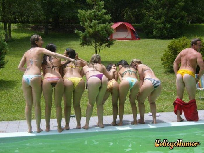Who Doesn't Belong Here? (53 pics)