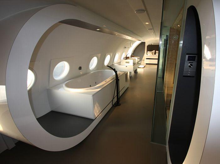 Aircraft Hotel (8 pics)