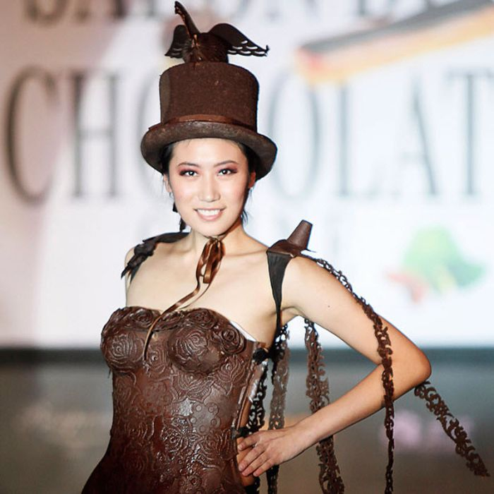 Chocolate Fashion (13 pics)