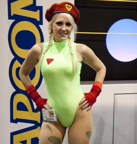 Best Female Street Fighter Costumes (22 pics)