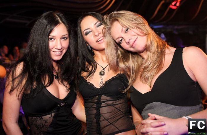 Girls from Moscow Night Clubs (71 pics)