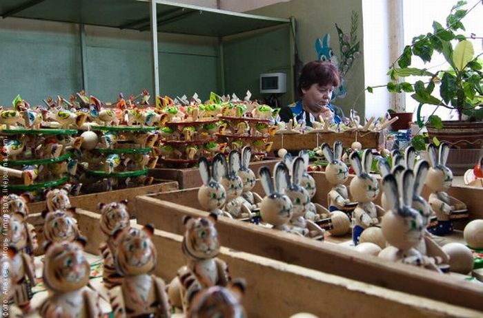 Russian Wooden Toys (19 pics)