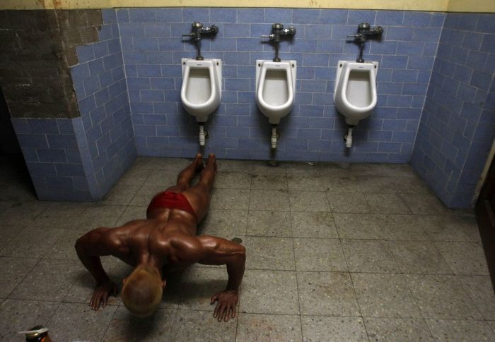 Bodybuilding Contest in Lima, Peru (8 pics)