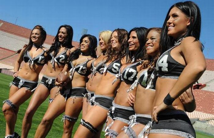 Lingerie Football (22 pics)