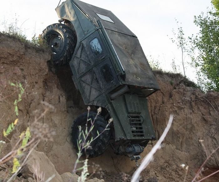 Russian Hummer (18 pics + video)