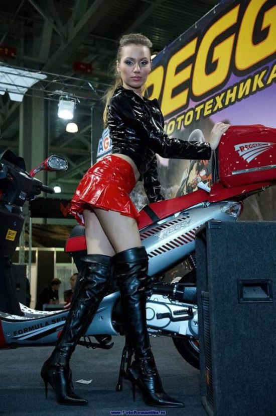 Girls from Bike Shows (76 pics)