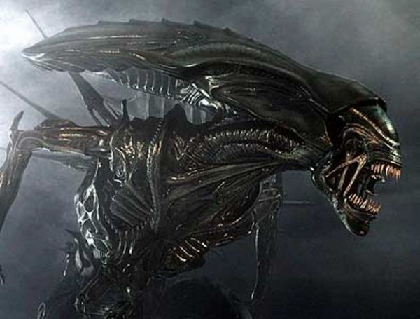 The Faces Behind Movie Aliens (26 pics)