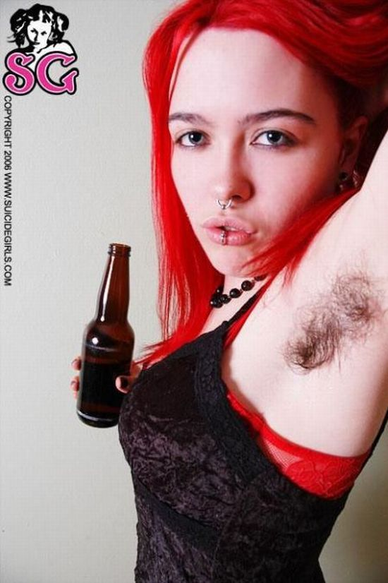 Girls with Hairy Pits (50 pics)