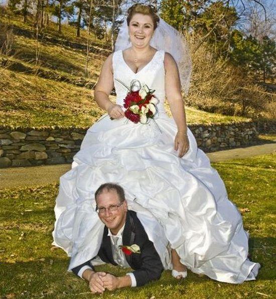 Weddings Pictures Gallery: Strange Wedding Pictures (35 Pics