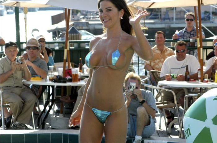 Bikini Fun (136 pics)
