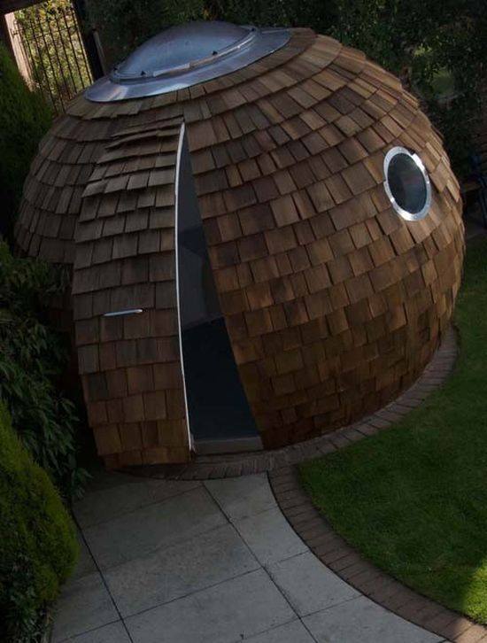 Office in a Giant Ball (6 pics)