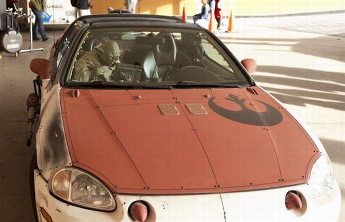 Yoda's Car (7 pics)