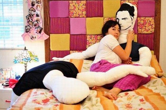 WTF Pillow (5 pics)