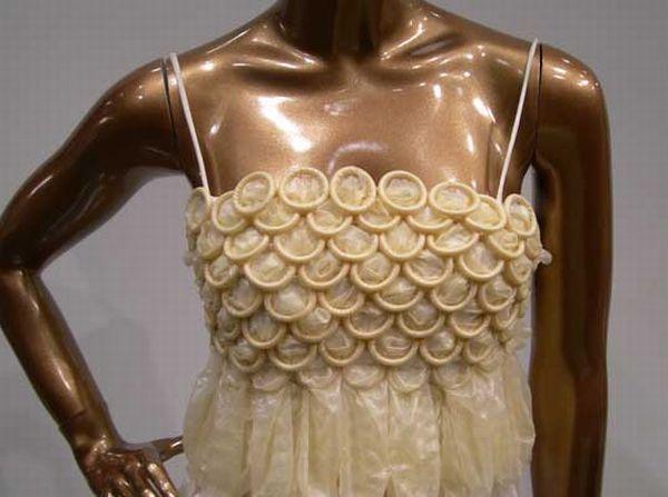 Condom Dresses (6 pics)