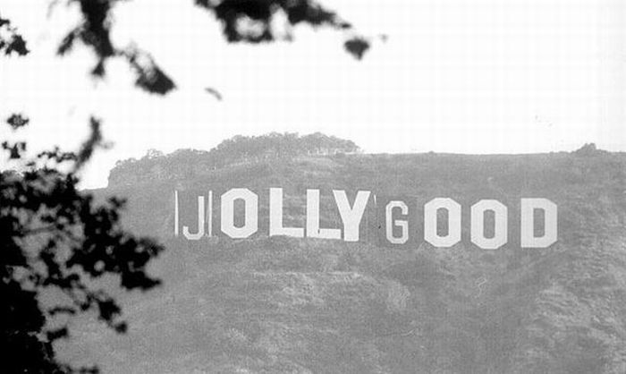 Fun with Hollywood Sign (8 pics)