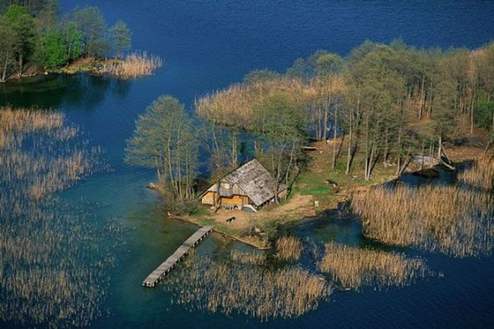Secluded Housese (20 pics)