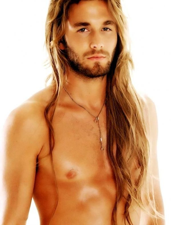 Top 100 Most Beautiful Men (100 pics)