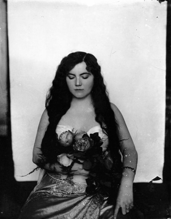 Prostitutes of 1912 (21 pics)