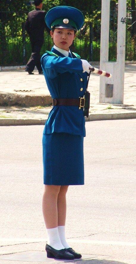 Pyongyang Traffic Girls (18 pics)