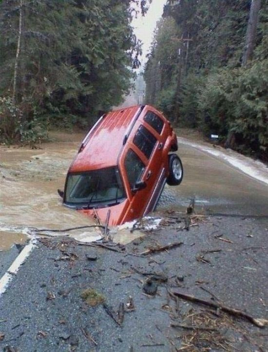 Strange Vehicle Situations (40 pics)