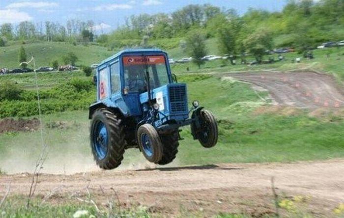 Tractor Fails (31 pics)