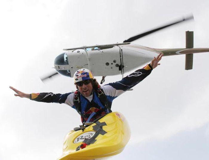 Kayak Sky Dive (11 pics)