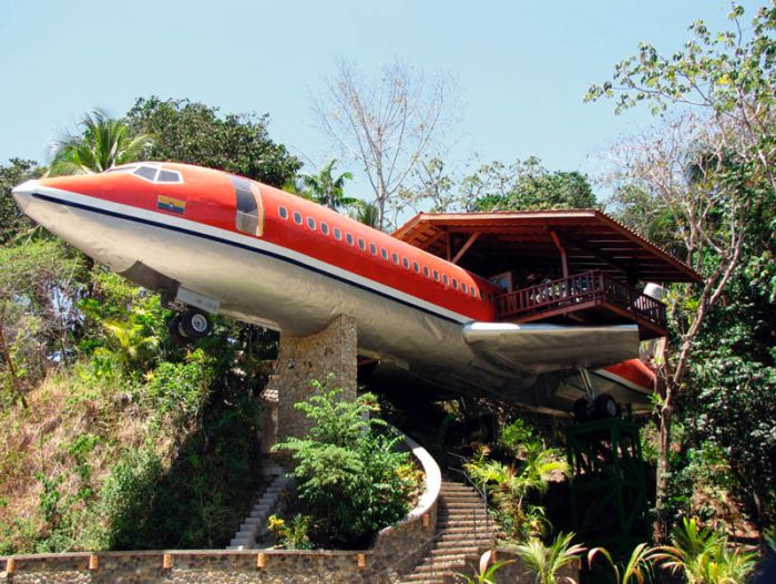 Jet Hotels and Houses (35 pics)