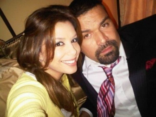 Private Photos of Eva Longoria From Her Facebook Page (22 pics)