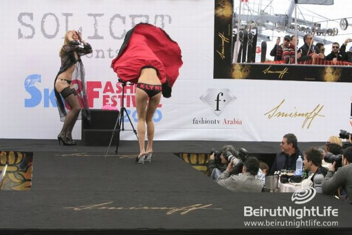 Girls in Lingerie in a Ski and Fashion Festival (77 pics)
