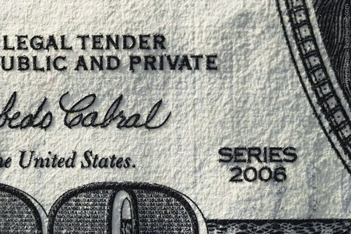 Macro Photos of a $100 Bill (14 pics)
